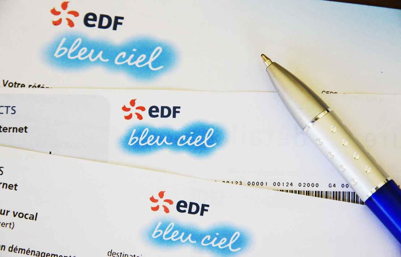 factures d 39 lectricit edf va r cup rer pr s d 39 un milliard d 39 euros aupr s de ses clients. Black Bedroom Furniture Sets. Home Design Ideas