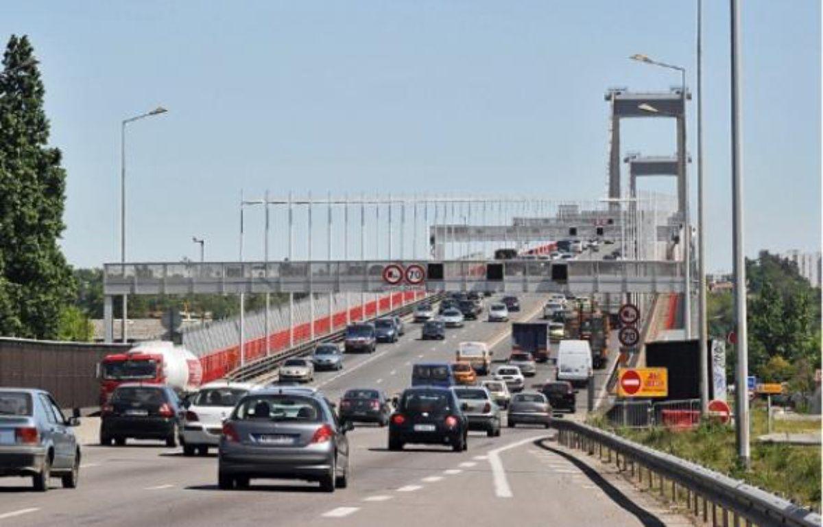 La fermeture du pont est nécessaire pour réaliser certaines opérations. –  C. Blumberg / 20 Minutes