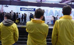 Génération identitaire était sur les quais du métro parisien vendredi 9 mai 2014 pour une «opération de sécurisation».