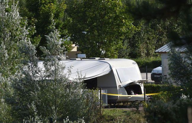 Caravane dans un camp de gens du voyage où une fusillade a eu lieu le 25 août 2015.