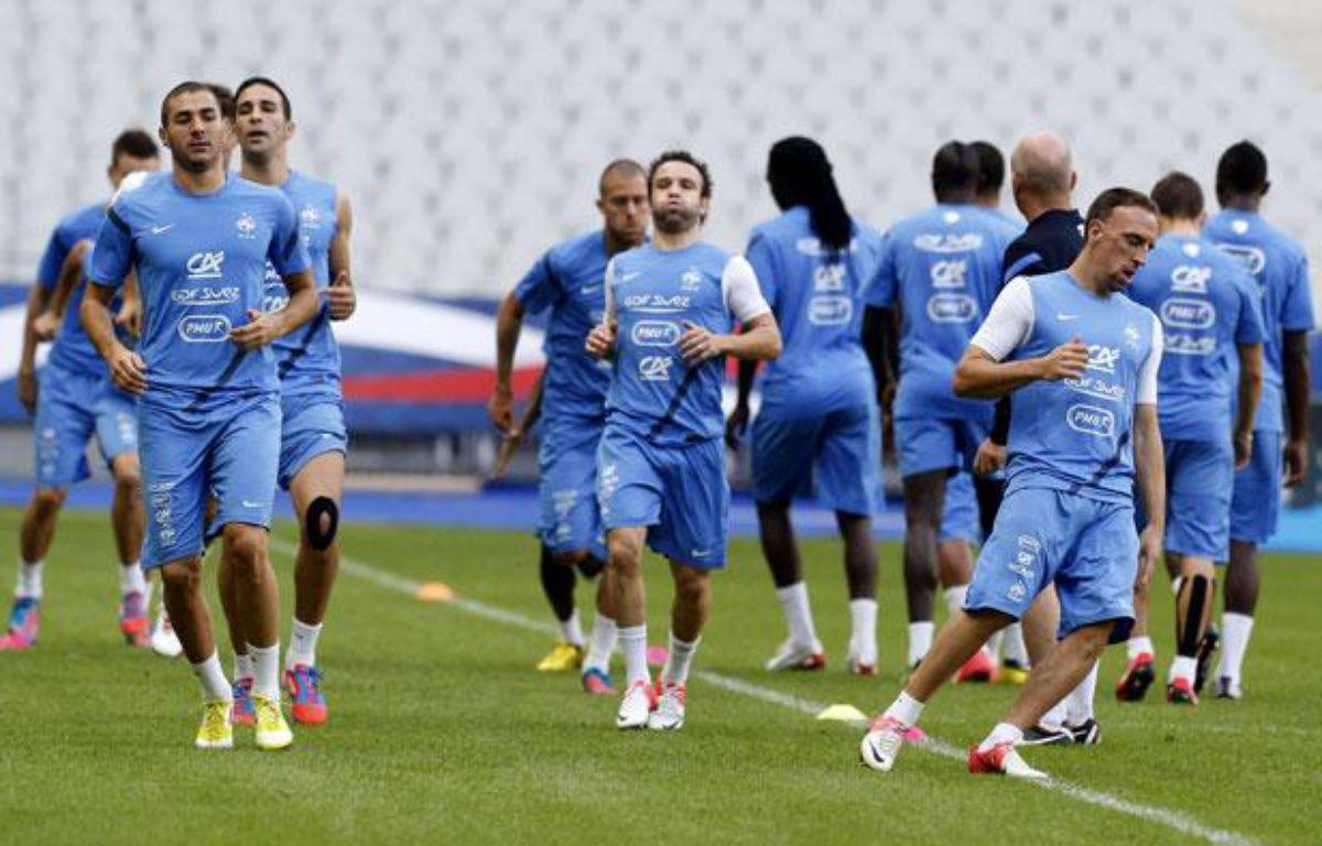 Les Bleus lors de leur dernier entraînement avant d'affronter la Biélorussie, le 10 septembre 2012 à Paris. – M.Euler/SIPA