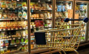 """Un hors-série de """"60 Millions de consommateurs"""" livre quelques astuces pour faire ses courses en sachant quoi mettre dans son chariot."""