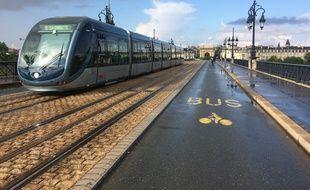 Le 5 juillet 2018: Le pont de Pierre restera définitivement consacré aux modes doux, a décidé la métropole