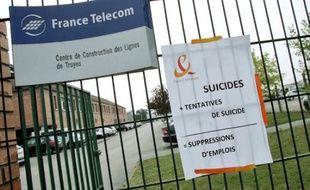 Excédé par les suicides à répétition, les syndicats réclament « un geste fort de l'Etat ».