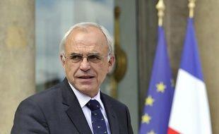 """Marc Laffineur, membre des Humanistes de l'UMP menés par Jean-Pierre Raffarin, a appelé mercredi à constituer au congrès de l'UMP de novembre une """"motion commune"""" de """"la droite modérée"""" rassemblant les """"libéraux, les gaullistes sociaux et les centristes""""."""