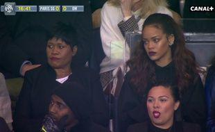 La chanteuse Rihanna au Parc des Princes, le 4 octobre 2015, lors de PSG-OM.