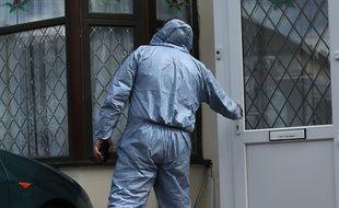 La police a mené des perquisitions dans le quartier de Ilford,à l'est de Londres, le 6 juin 2017, quelques jours après l'attentat de Londres.