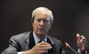 """Le patron du groupe Bolloré a confirmé jeudi l'introduction en Bourse le 30 octobre prochain de 10% du capital de """"Blue Solutions"""", son activité dans les véhicules électriques, lors de l'assemblée générale du groupe."""