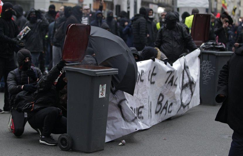 Lille : Le préfet interdit de fait la manif nocturne aux flambeaux