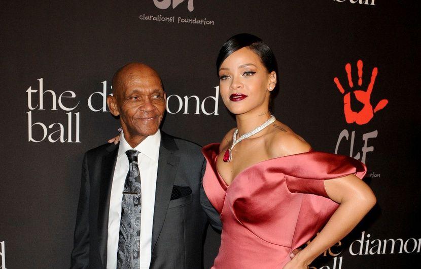 VIDEO. Les choses s'arrangent entre Rihanna et son père