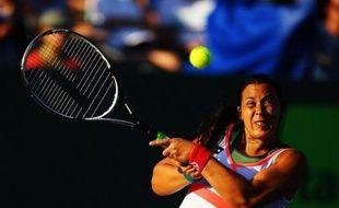 Marion Bartoli, qui a quitté sur abandon le tournoi de Miami (dur) jeudi dès l'entrée en lice au 2e tour, se retrouve de nouveau sans encadrement et traverse une période très délicate.