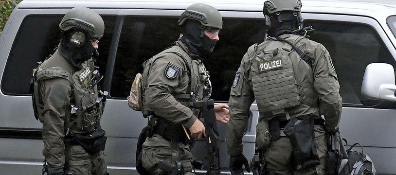 Des policiers allemands. (Illustration)