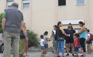 Une quinzaine de familles sont actuellement hébergées dans l'hôtel du Val Blanc à Vern-sur-Seiche où avait lieu le rassemblement ce lundi midi.