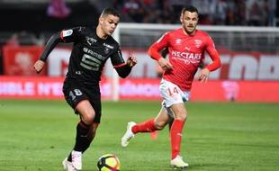 Ben Arfa et Rennes se sont inclinés à Nîmes.