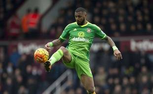 Yann M'Vila, ici en février 2016 sous le maillot de Sunderland, lors d'un match de Premier League contre West Ham.