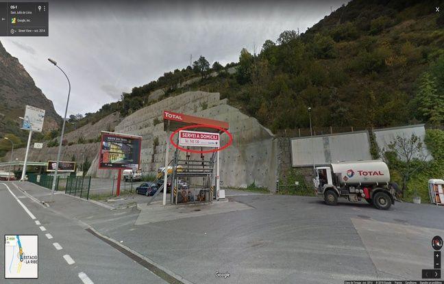 Ce panneau avec le numéro de téléphone et le nom « Saint Eloi » est visible sur Google Maps.