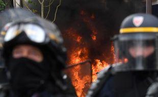 Des forces de police pendant la manifestation du 1er mai 2018 à Paris