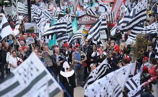 Illustration d'une manifestation pour la réunification de la Bretagne en 2014 à Nantes.