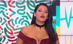 Ayem Nour lors de son retour dans le Mad Mag, sur NRJ 12, quelques jours après le cambriolage dont elle a été victime.