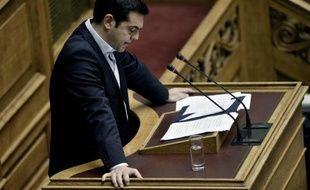 Le Premier ministre grec Alexis Tsipras prononce un discours au Parlement, à Athènes, le 28 juin 2015