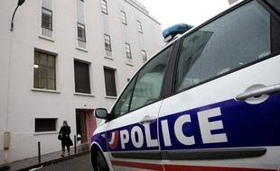 Une voiture de police à Paris, le 21 novembre 2010.