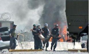 Trois civils ontété tués hier à Kaboul.