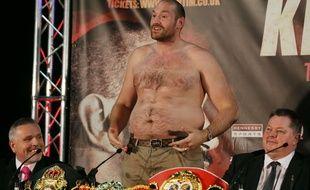 Tyson Fury, torse-poil, le 27 avril 2016.