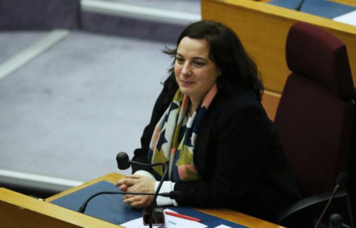 La secrétaire nationale du parti écologiste, Emmanuelle Cosse, à Paris le 18 décembre 2015 – PATRICK KOVARIK AFP
