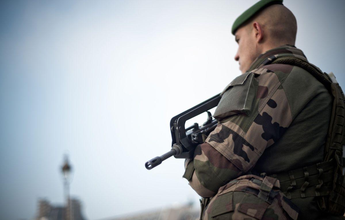 Un soldat de la force Sentinelle le 30 décembre 2016. – NICOLAS MESSYASZ/SIPA