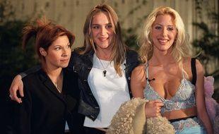 Kenza, Delphine et Loana lors du premier prime time de Loft Story sur M6 en 2001