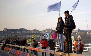 Au Royaume-Uni, le mouvement de désobéissance Extinction Rebellion a mené une semaine d'actions pour le climat en avril 2019.