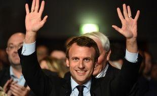 Emmanuel Macron entre dans la course à l'Elysée pour 2017