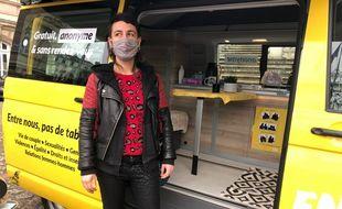 Eya Duriez, l'accompagnatrice qui va se déplacer de communes en communes, dans le Nord, avec le van «En voiture Nina et Simon.e.s».