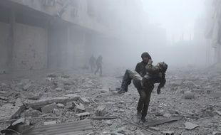 Plus de 400 civils ont été tués depuis dimanche 18 février 2018 dans l'enclave rebelle de la Ghouta orientale par les intenses bombardements du régime syrien.