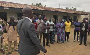 Les parents d'enfants kidnappés par un groupe armé début juillet au Nigeria attendent des nouvelles de la part des autorités.