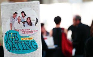 """Une opération """"job dating"""" dédiée aux jeunes sans emploi, à Marseille, le 23 octobre 2012."""