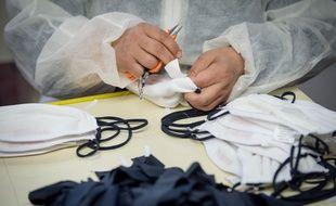 Des masques en tissu fabriqués à Marseille (photo d'illustration).