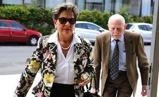 Les parents de Vincent Lambert, Viviane Lambert et Pierre Lambert se battent depuis des années pour que leur fils, tétraplégique et dans un état végétatif soit maintenu en vie. Le Conseil d'Etat doit rendre sa décision vendredi 29 mars 2019 sur ce sujet épineux au terme d'une longue bataille judiciaire.