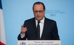 François Hollande lors des voeux de la présidence aux acteurs de l'entreprise et de l'emploi, le 19 janvier 2016.