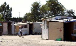 Un camp à Sucy-en-Brie qui a compté jusqu'en début de semaine environ 800 Roms s'est quasiment vidé de ses occupants, deux jours avant l'application officielle d'une décision de justice prévoyant l'évacuation du site, a constaté jeudi un journaliste de l'AFP.