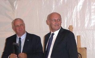 Alain Doucet et Bernard Laporte, respectivement présidents de la Ligue Occitanie et de la Fédération française de rugby, le 17 septembre 2018 à Toulouse.