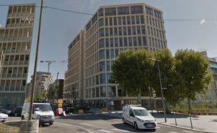 Unefemme de 23 ans est morteen chutant d'une grue, rue Crépet dans le 7e arrondissement deLyon.