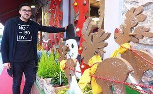 Le Niçois Ludovic Viano propose à la vente et à la location des décors de Noël en matériaux recyclés.