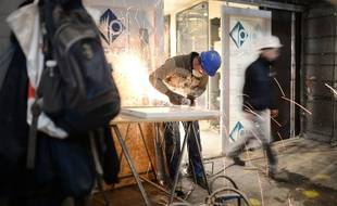 Des ouvriers des chantiers navals STX de Saint-Nazaire.