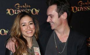 Mara Lane, son épouse, et Jonathan Rhys Meyers