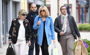Mimi Marchand avec Brigitte Macron, le 22 avril 2017, au Touquet.