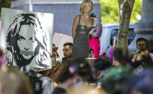 Des fans de Britney Spears manifestent pour la faire libérer de sa tutelle