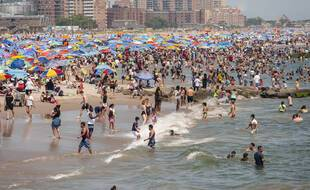 Les plages bondées de New York, mauvais plan pour des vacances entre amis ?