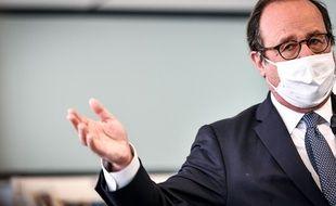 François Hollande était l'invité de la chaîne Twitch de Samuel Etienne le 8 mars 2021.