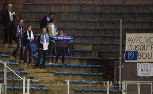 Des supporters de Troyes ayant fait le déplacement à Lorient, lors de la 13e journée de Ligue 1, le 7 novembre 2015.